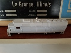 SURE WHY NOT (Set and Centered) Tags: hoscale 187 gp40fh2