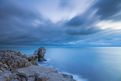 'Pulpit Rock' in the blue hour. (Twogiantscoops) Tags: landscape lework southwest mirrorlock cableremote iplymouth chrismarshall'simages manfrotto 1635mmf4 canon lee longexposure portlandbill portland bluehour seascape dorset pulpitrock