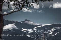 Andorra mountain landscape: La Massana, Vall nord, Andorra (lutzmeyer) Tags: 300mm andorra canoneos5dmarkiii colldelabotella europe gebirge iberia iberianpeninsula lamassanaparroquia lutzmeyer pal picdelaraconadadelamaiana2719m pirineos pirineus portdeperafita2574m pyrenees pyrenäen vallnord abril april baum berge bild clouds cloudy foto fotografie gebirgszug hivern iberischehalbinsel image imagen imatge invierno landscape landschaft lutzlutzmeyercom montana montanas mountains muntanyes natur natura nature neu nuvols paisaje paisatge parroquia photo photography picture primavera rural schnee snow sonnenaufgang sortidadelsol sunrise tal tree valley village winter wolken wolkig lamassanavallnord