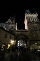 Medieval Darkness (elianek) Tags: prague europe czech europa praga tcheca medieval night noite escuro darkness noflash tower torre