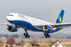 A333 Rwandair (Runway25 Photography) Tags: airplane airport aircraft aviation air airliner airline zaventem engine ebbr runway brussels bru fly flying sky wings nikon plane photography spotting d5600 flight jet landing wing cockpit belgium