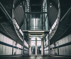 windows (michael_hamburg69) Tags: kaltenkirchen schleswigholstein germany deutschland norddeutschland kaki akn haltestelle bahnhof lift fahrstuhl elevator trainstation