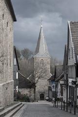 Blankenstein (mkniebes) Tags: city village medieval afternoon makroplanar2100 zeiss zf2 architecture hattingen blankenstein germany nrw northrhinewestphalia tower