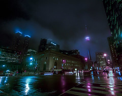Stormy Winter Night in Toronto (A Great Capture) Tags: misty mood moody agreatcapture agc wwwagreatcapturecom adjm ash2276 ashleylduffus ald mobilejay jamesmitchell toronto on ontario canada canadian photographer northamerica torontoexplore winter l'hiver 2019 efs1018mm 10mm wideangle city downtown lights urban night dark nighttime cold snow weather colours colors colourful colorful cityscape urbanscape eos digital dslr lens canon 70d skyline towers tower buildings structure reflection mirror glass reflections outdoor outdoors outside vibrant cheerful vivid bright streetphotography streetscape photography streetphoto street calle overcast snowing snowy red green