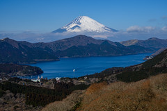 Fuji and Lake Ashinoko (shinichiro*) Tags: 20190203dsc3223 2019 crazyshin nikonz6 nikkorz2470mmf4s february winter fuji hakone kanagawa japan jp 大観山 lakeashinoko 芦ノ湖 46304771904 candidate