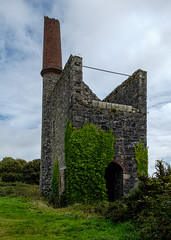Pumping Engine House, Pennance Consols, Lanner (Rogpow) Tags: cornwall lanner mine pennanceconsols pumpingenginehouse enginehouse whealamelia cornishmining cornishmines cornishminingworldheritagesite copper coppermine chimney tin tinmine metalmining metalmine fujifilm fuji fujixpro2 abandoned derelict decay disused dilapidated ruin industrialhistory industrialarchaeology