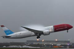 LN-LNT Boeing 787-9 Norwegian @ Schiphol 23-Dec-2018 by Johan Hetebrij (Balloony Dutchman) Tags: lnlnt boeig 787 7879 dreamliner unicef norwegian ams eham amsterdam schiphol airport aircraft 2018