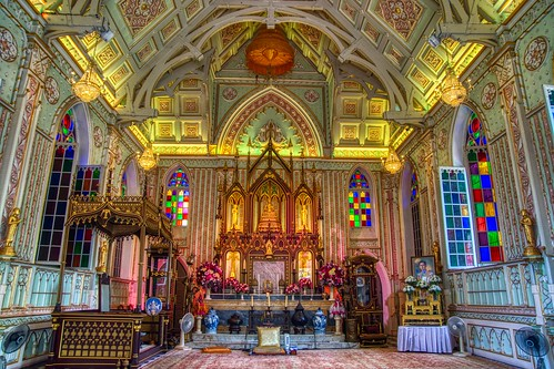 Interior of Wat Niwet on a small island in the Chao Phraya river near Bang Pa-In, Ayutthaya, Thailand