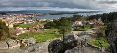 Illa de Arousa desde O Con do Forno, panorama (PacotePacote) Tags: galicia galiza riasbaixas arousa pontevedra landscape isla illa paisaxe