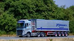 BN22243 (18.07.18, Motorvej 501, Viby J)DSC_4977_Balancer (Lav Ulv) Tags: 255294 volvo volvofh fh4 grey e6 euro6 fh500 6x2 jpjohannsen bulktipper amttrailer 2017 truck truckphoto truckspotter traffic trafik verkehr cabover street road strasse vej commercialvehicles erhvervskøretøjer danmark denmark dänemark danishhauliers danskefirmaer danskevognmænd vehicle køretøj aarhus lkw lastbil lastvogn camion vehicule coe danemark danimarca lorry autocarra danoise vrachtwagen motorway autobahn motorvej vibyj highway hiway autostrada trækker hauler zugmaschine tractorunit tractor artic articulated semi sattelzug auflieger trailer sattelschlepper vogntog oplegger sættevogn