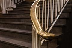Golden times (michael_hamburg69) Tags: hamburg germany deutschland treppe stairs staircase barkhof architekt franzbach eingangc handlauf handrail messing golden