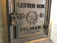 Classic letter box. (CIAphotos) Tags: beckerbuilding mailbox uspostalservice letterbox americanmailingservice americanmailingsystem americanmailingdevice lockbox aberdeenwa