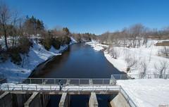 Barrage - Rivière Saint-Charles, Parc Chauveau - Québec, Canada  - 9986 (rivai56) Tags: rivièresaintcharles parcchauveau québec canada 9986 saintcharlesriver chauveauparkquebeccity barrage numéro x0007487 contrôle des inondations