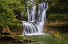 CASCADA. (roberrodriguez1) Tags: cascadaagua rocas waterfall verde agua reflejo rio spain españa canon arboles river flickrsbest supershot