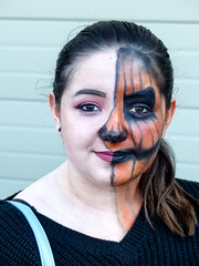 Pretty Half & Half Woman (J Wells S) Tags: portrait candidportrait prettyyoungwoman facepaint horrorhoundweekend sharonvilleconventioncenter sharonville cincinnati ohio