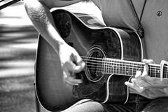 Street entertainer. (Ian Ramsay Photographics) Tags: zacharyluka manly newsouthwales australia busking street entertainer manlykombirally ssteyne promoting visslasydneysurfpro tent kombi guitar