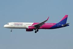 Wizz Air   A321-231(S)   HA-LXL (Globespotter) Tags: frankfurt main wizz air a321231s halxl