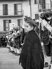 She (Riccardo Palazzani - Italy) Tags: bagolcarnevale ponte caffaro bagolino brescia italy man uomo lago idro eridio old balarì dancer mask maschera lombardei ロンバルディ 伦巴第大区 lombardie ломбардия lombardia لومباردي 롬바르디아 italia italie italien 이탈리아 италия itália italië イタリア italya 意大利 إيطاليا riccardo palazzani veridiano3 olympus omd em1 carnival carnaval karneval 狂欢节 カーニバル карнавал مهرجان sonadur