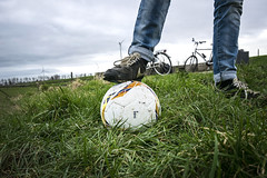 Get moving! (Jeff Camphens) Tags: sports sport grass ball round intensity intensifies action move soccer active football