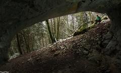 Abri sous roche de la Côte de Fertans (inedit) (francky25) Tags: abri sous roche de la côte fertans inedit karsts franchecomté doubs prospection nans sainte anne