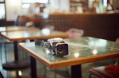Nikon FM2 Kodak 500T (Masatada Ho) Tags: camera 台南 相機 底片 life light tainan taiwan film 120mm 120 hasselblad photography explore