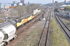 56078 and 56090 Ainsworth Bridge 4-4-19. (Blackburns Railway Scene) Tags: 56078 56090 6e32 6v35 colasclass56s ainsworthbridge