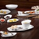 Porcelain tableware collectionの写真
