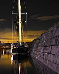 all night long (eric-foto) Tags: boat lélorn pennarbed nikond800 landerneau rivière river finistère bretagne brittany breizh bzh reflets