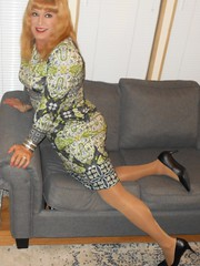 DSCN1582_pp (DianeD2011) Tags: crossdresser cd crossdress crossdressing stockings tg tranny transvestite tgirl tgurl pantyhose
