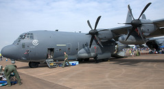 Lockheed C-130J 12-5757 (707-348C) Tags: raffairford fairford egva propliner turboprop prop lockheed hercules 125757 usaf c30j c130 c130j military transport unitedstatesairforce 2018 cargo airshow riat lockheedhercules england