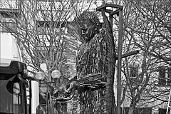 Knives  Monchrome (brianarchie65) Tags: knife knives hull angel kingstonuponhull trees statue crane sky hands face canoneos600d brianarchie65 geotagged monochrome blackandwhite blackandwhitephotos blackandwhitephoto blackandwhitephotography blackwhite123 blackwhiterealms flickrunofficial flickr flickruk flickrcentral flickrinternational ukflickr unlimitedphotos ngc