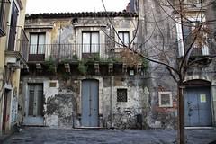 Catania - Centro Storico (Serrano Sebastiano) Tags: italia italy sicilia sicily catania architettura canon eos tamron