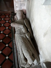 Shipton Moyne, Gloucestershire (Sheepdog Rex) Tags: monuments knights stjohnthebaptistschurch shiptonmoyne
