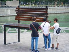 exhibit - seat (j0035001-2) Tags: singapore marinabay exhibit people chair seat