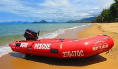 Cairns Surf Lifesaving Club rescue boat - Palm Cove, Australia (jeffglobalwanderer) Tags: cairnssurflifesavingclub rescueboat inflateableboat beach beachlife queensland australia australianbeach surfclub