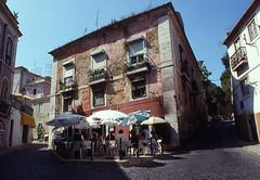 Lisbon's bonny (lebre.jaime) Tags: lisbon mouraria nikon f4s nikkorai2828 analogic film135 kodak positive portugal epson v600 affinity affinityphoto