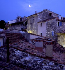 moon over Venasque (playapic) Tags: night moon rooftops hilltoptown medieval venasque provence france