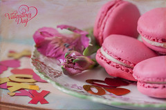 Valentine's Day (JMS2) Tags: cookies pink dish flowers valentinesday holiday love canon