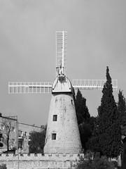 Montefiore Windmill on a Cloudy Day (zeevveez) Tags: זאבברקן zeevveez zeevbarkan canon bw jerusalem monument cloud