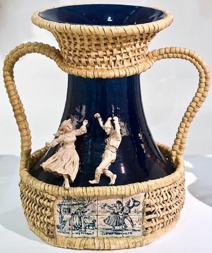 """""""Romaria"""" [Festival] Vase (1891/1893) - Rafael Bordalo Pinheiro (1846 - 1905)"""
