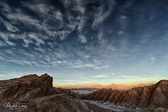 Magic moment at Valle de la Luna (marko.erman) Tags: desert atacama chile salt dry volcanos minerals sun landscape horizon white travel outside ciel eau paysage formations crystallized mineral geology sony isolated moon valley valle cordillera dusk sunset beautiful cordilleradelasal elvalledelaluna mood moody wilderness licancabur