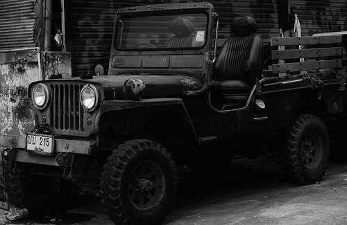 Chiang Mai  Wonderful old jeep_edited