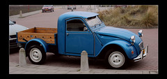 Citroen 2 Cv Pick up (Steenvoorde Leen - 13.8 ml views) Tags: citroen2cvpickup frenchcar franzosicheauto autofrancese cochefrances carrofrances