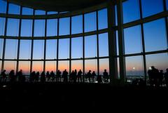 TOKYO CITY VIEW (mondomondo+) Tags: tokyocityview roppongi japan tokyo window sunset 東京シティビュー 六本木ヒルズ fujifilm xe1