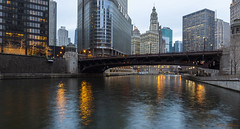 Chicago River -1- (Wim Boon Fotografie) Tags: chicago usa illinois canoneos5dmarkiii canonef1635mmf4lisusm river city bluehour cold