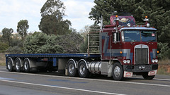 The Good Ole Boys (2/3) (Jungle Jack Movements (ferroequinologist) all righ) Tags: good old ole boys kenworth k k123 k120 w924 hauling haulin hume 2019 sydney yass highway vintage historic historical run tnm interstate express hp horsepower big rig haul haulage freight cabover trucker drive transport delivery lorry hgv wagon road nose semi trailer deliver cargo vehicle load freighter ship move roll motor engine power teamster truck tractor prime mover diesel injected driver cab loud beast wheel exhaust double veteran chrome convoy canberra hcvca debono