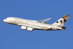 A6-APF_AirbusA380-800_EtihadAirways_LHR (Tony Osborne - Rotorfocus) Tags: airbus a380 a380800 etihad airways united arab emirates uae 2018 london heathrow lhr