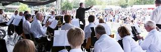 Tentertainment - 2013 - Guest Conductor Steve Macintyre