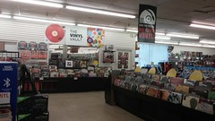 The Vinyl Vault (Retail Retell) Tags: manifest columbia sc discs tapes records cds dvds media store independent chain trans world entertainment fye boozer shopping center