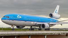 PH-KCB   McDonnell Douglas MD-11 - KLM Royal Dutch Airlines (Peter Beljaards) Tags: 3xpw4000 threeholer mcdonnelldouglasmd11 taxiwayvictor ams eham prattwhitney airplane aircraft schiphol msn48556 klm phkcb mariamontessori md11